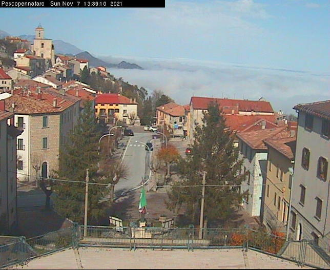 Webcam LIVE di Pescopennataro 1229m