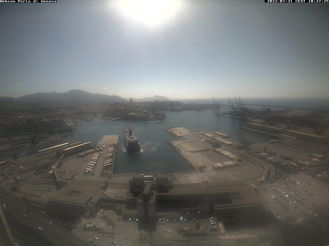 Webcam LIVE di Genova porto